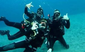 happy scuba divers scuba center asia lembongan