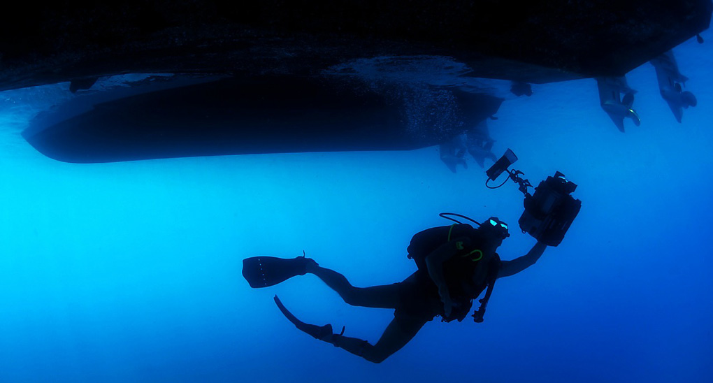 diving with contact lens